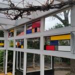 Mondriaan van gekleurd plakfolie